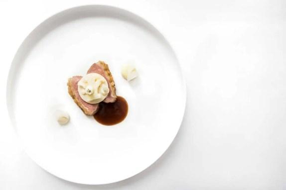 twr-white-menu-lam-ijspegeltjes-knoflook-2
