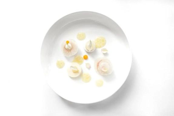 twr-white-menu-langoustine-rabarber-yuzu