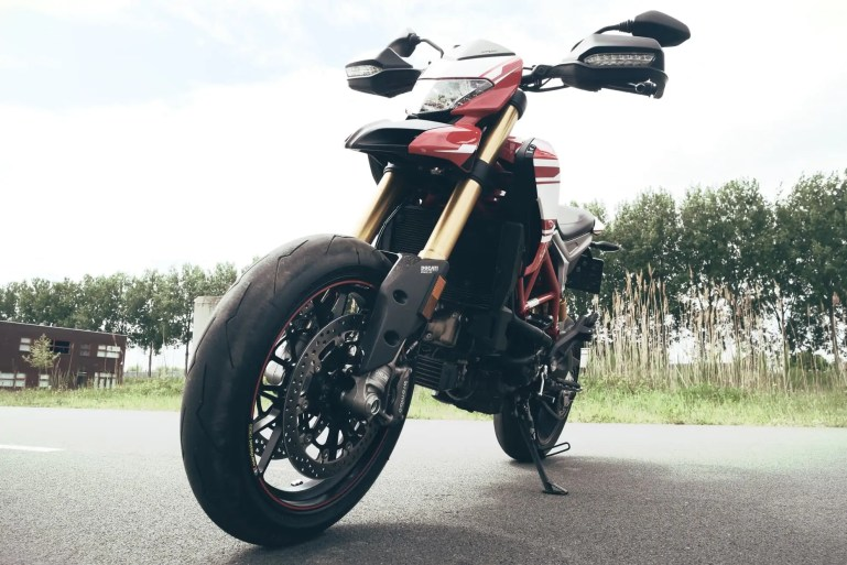 Ducati Hypermotard 939SP