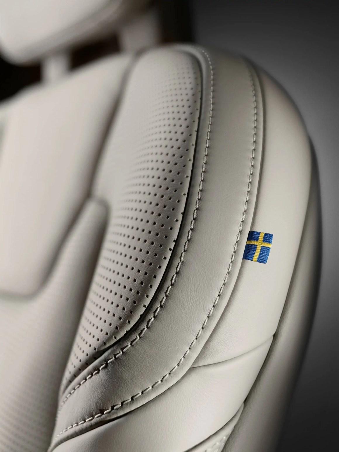 Volvo-V90-13