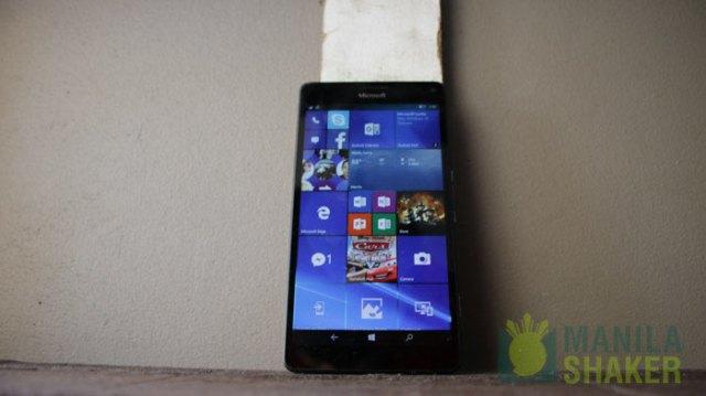 windows 10 mobile reasons-lumia-950-xl-windows-stay-buy-(8-of-8)