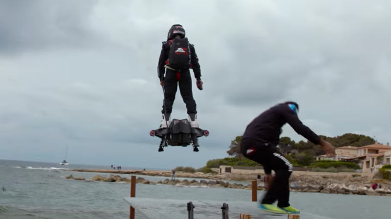 hoverboard sets world record 149 kph top speed 2 km distance. Black Bedroom Furniture Sets. Home Design Ideas