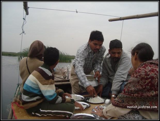 Lunch at Boat in Mangalajodi