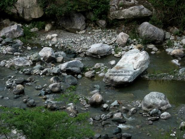 The Kosi River, On way to Deenapani