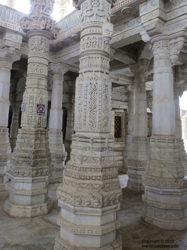 Architect Depaka on temple pillars, Ranakpur