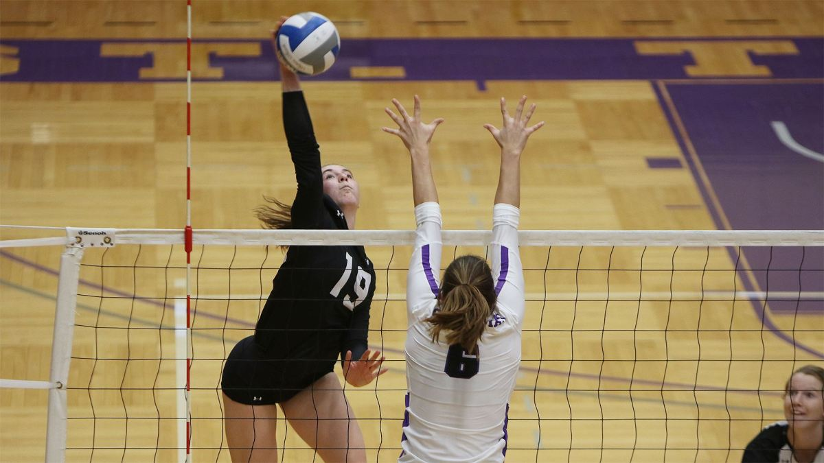 Volleyball comes up short in MIAC championship - Manitou Messenger