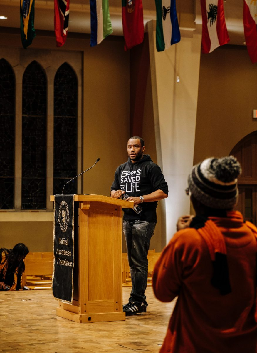Marc Lamont Hill lectures in Boe Chapel - Manitou Messenger