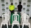 Se robó una olla y varias sillas de un hogar infantil, lo sorprendieron cuando las pretendía vender