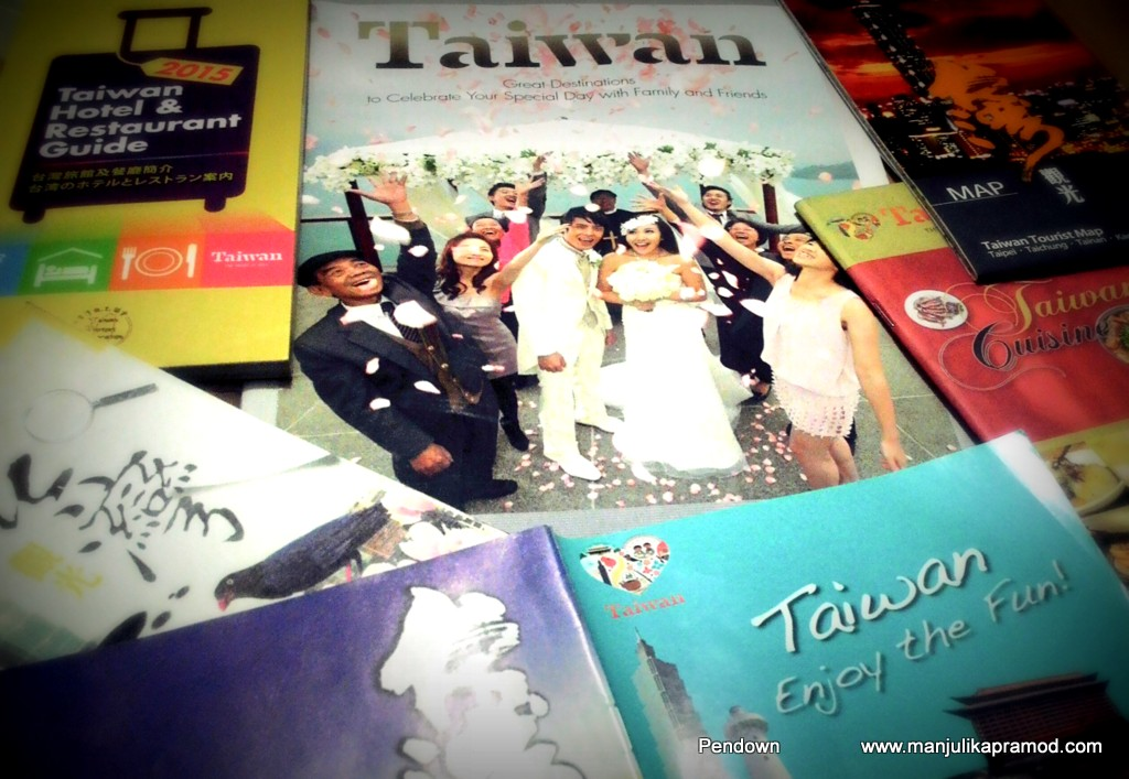 Taiwan, Heart of Asia, Travel guides and booklets, Travel blogger