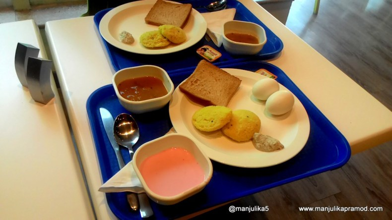 Breakfast at Formule 1, Gurgaon