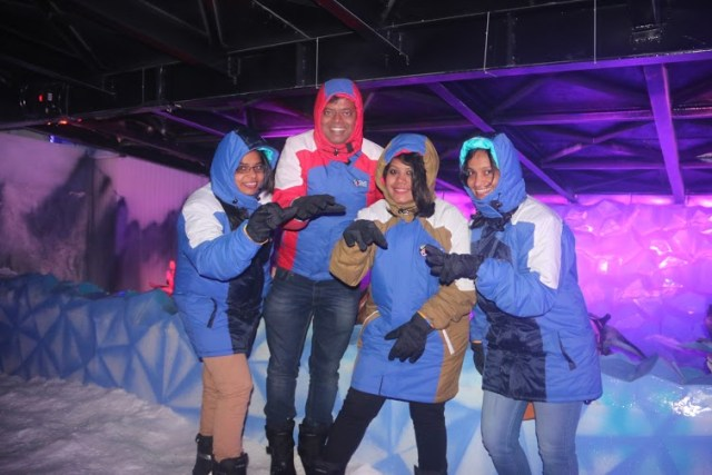 SKI India, Fun, adventure, snow, Noida, Mall of India