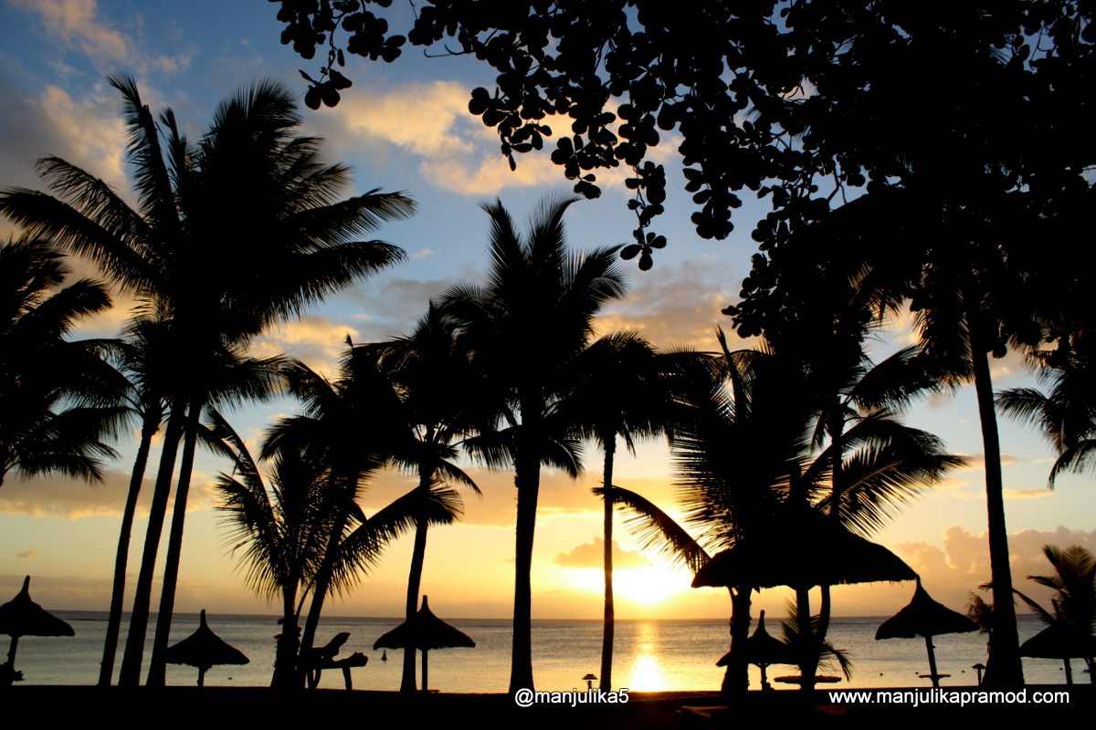 Sunset at the Mauritian beach