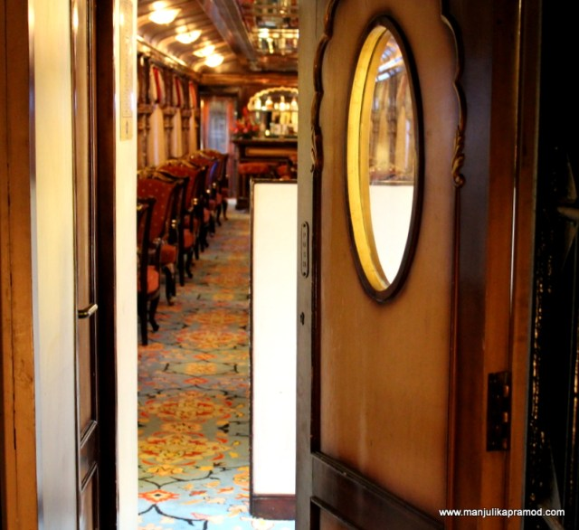 Train journey in India, Luxury train