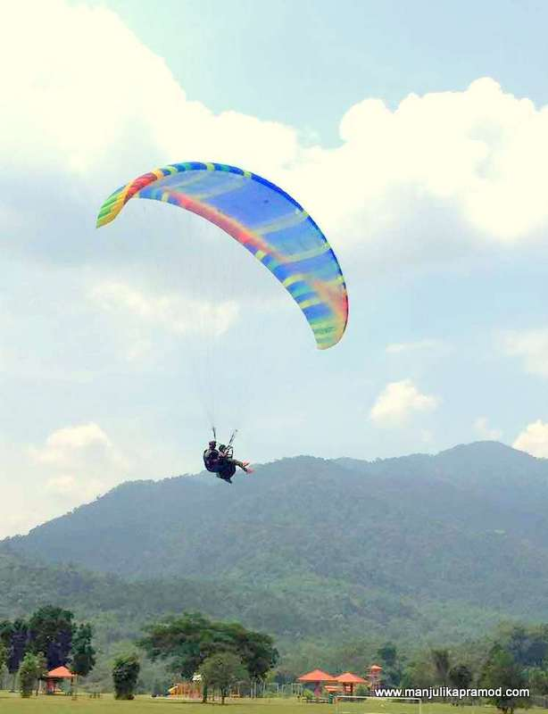 Soaring high in the air, Selangor Tourism, Paragliding
