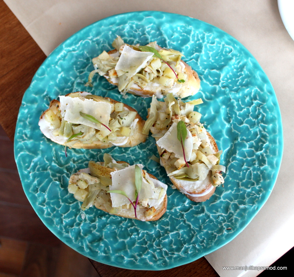 Artichoke & Patato Bruschetta, AMusehouse, review