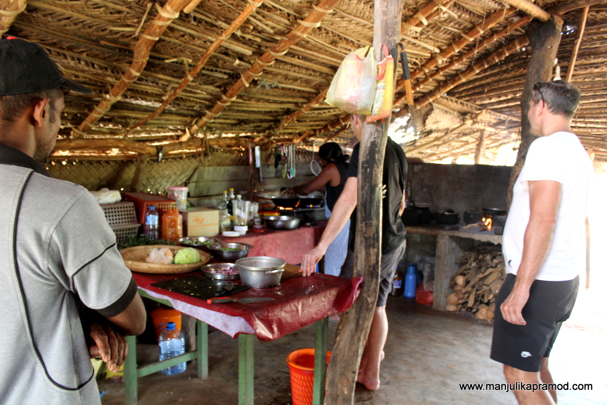 Cooking session in Sri Lanka