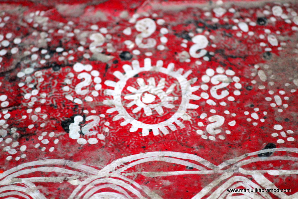 Art in Red and white