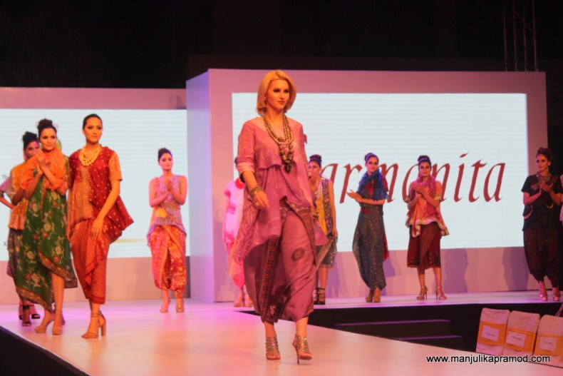 Display of exquisite Batik patterns on Saree by the celebrity fashion designer Carmanita from Indonesia.
