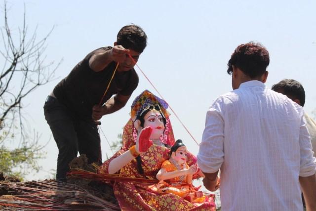 Celebrating Holi in Govardhan