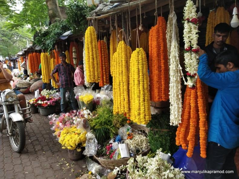 Pictures of fancy bazaar