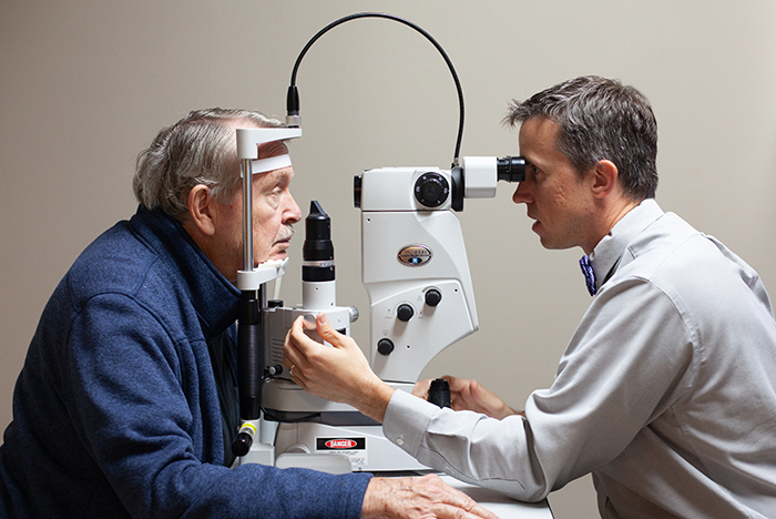 Medical eye care for conditions such as styes, double vision, floaters and flashes, spots and eye injuries.