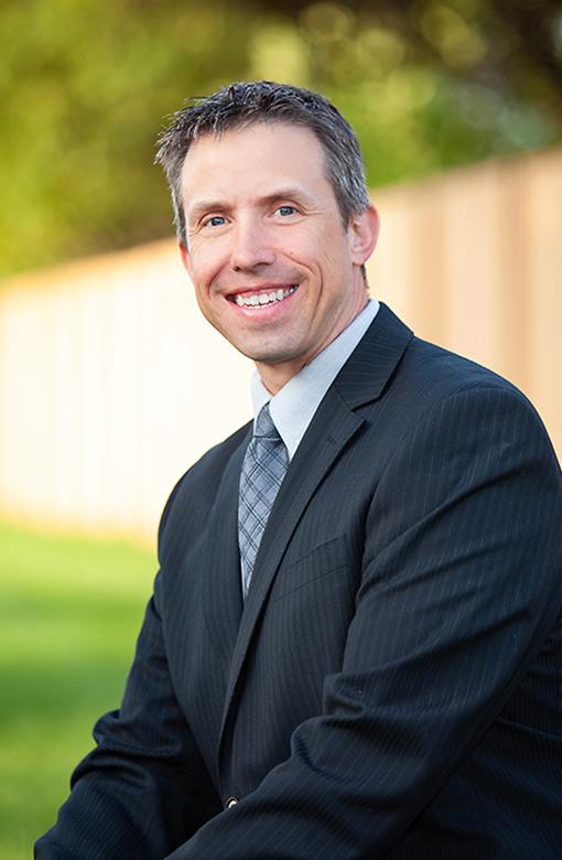 Mankato Ophthalmologist, Dr. Seth Consoer
