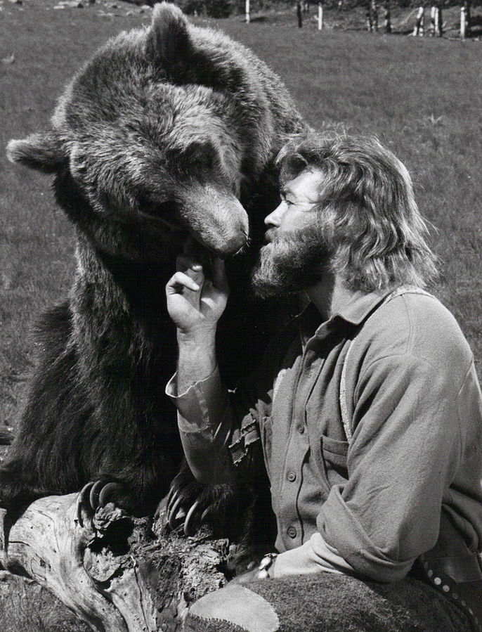 Grizzly_Adams_1977