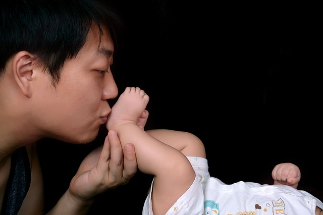 one-hundred-days-baby-1616112_640