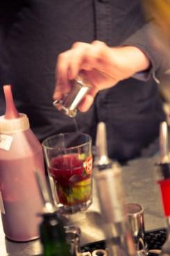 Barmaciassa cocktailmenulta löytyy viisi peruscocktailia: mojito, margarita, caipirinha, daiquiri sekä pisco sour.