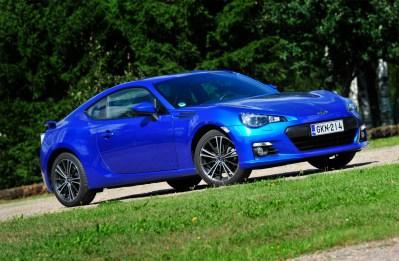 Hinnanalennuksen jälkeen näyttävän auton saa järjelliseen hintaan. (Kuva: Subaru)