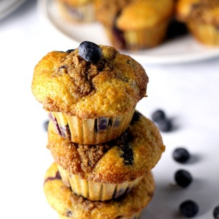 Ultimate Blueberry Muffins|www.mannaandspice.com