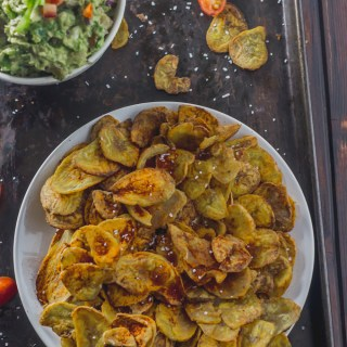 Better-for-you plantain chips that are crunchy and versatile. Your whole family will fall in love with them| Manna & Spice