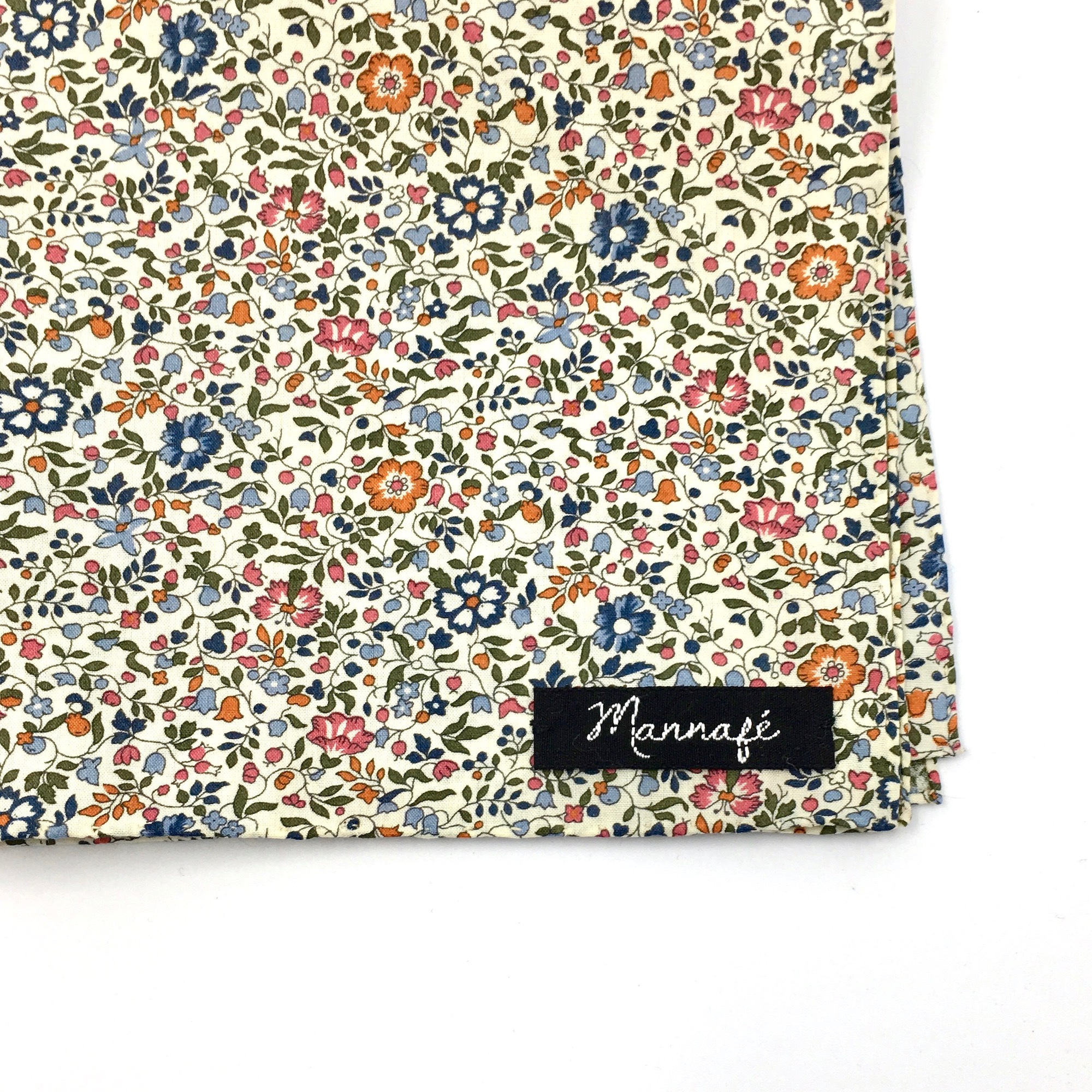 Pochette de costume en Liberty Katie and Millie bistre