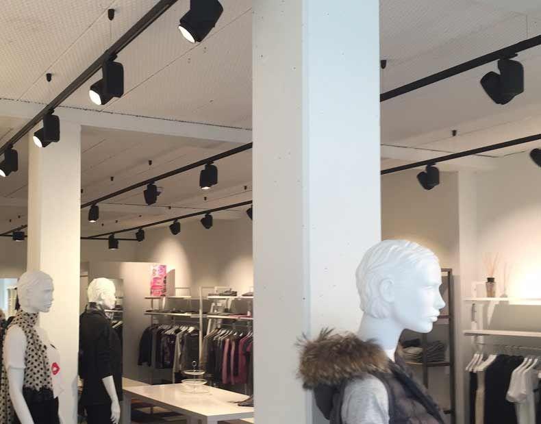advises retail store lighting on