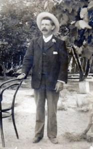 Ann's Father - Fred Richardson