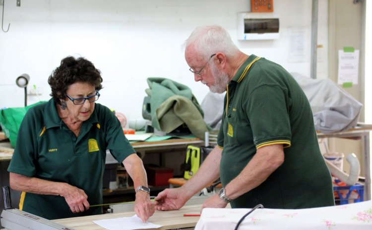 THE STORY OF THE MANNING GREAT LAKES WOODWORKERS