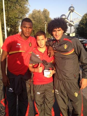Benteke, Hazard y Fellaini tres de las estrellas de esta selección Foto: soccersouls.com
