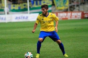 Espinosa dirige el juego amarillo (Foto: PortalCadista.com)