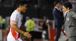 Teo Gutiérrez celebra el tanto con Marcelo Gallardo (Foto: CARiverPlate.com.ar)