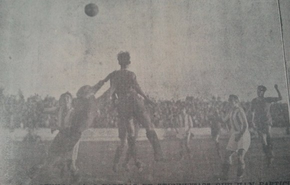 Fuente: L Unión 1 de enero de 1935. Un ataque bético sobre la portería de Beristain