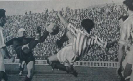 Hoy hace 85 años. La Liga que ganamos. FC Barcelona 4 Betis Balompié 0.