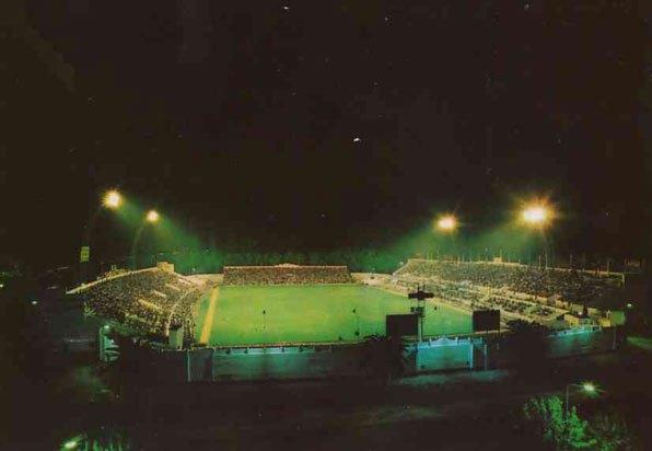 Estadio-Benito-Villamarín-Vista-Nocturna1
