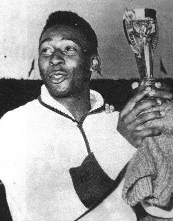 Pelé con la Copa Jules Rimet