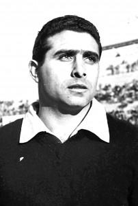30-1963-debuta-pepin-con-la-seleccion