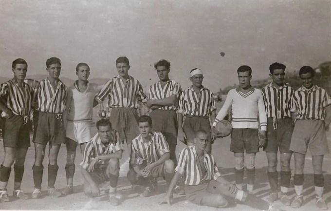 El Recreativo Granada en los años 30. con Segurola el primero a la izquierda de la imagen