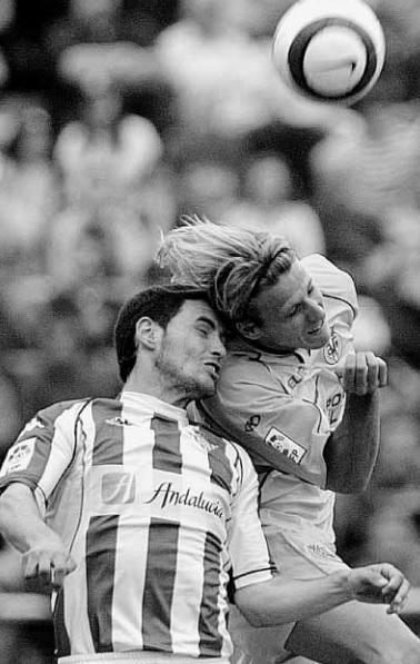 villarreal-betis-liga-2005-melli-y-forlan-emd-18-4-2005