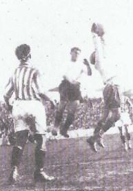 1933-Enero 01-Primera.-Racing Santander-2 Betis Balompié-2.-84Aniversario.