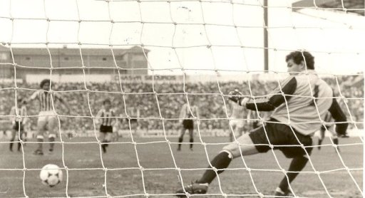 Hoy hace 37 años. Betis 5 Athletic 1.