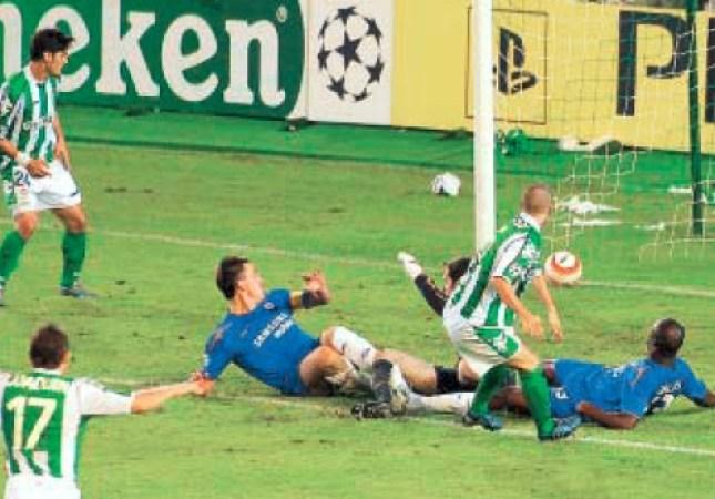 Hoy hace 15 años. Betis 1 Chelsea 0 en Liga de Campeones.