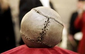 El balón más antiguo de la historia. (Foto: EFE)